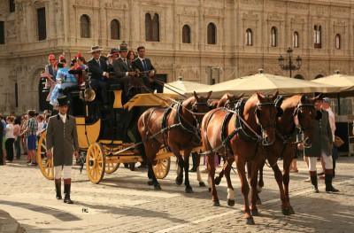 Desfile de Carruajes junto al Ayuntamiento